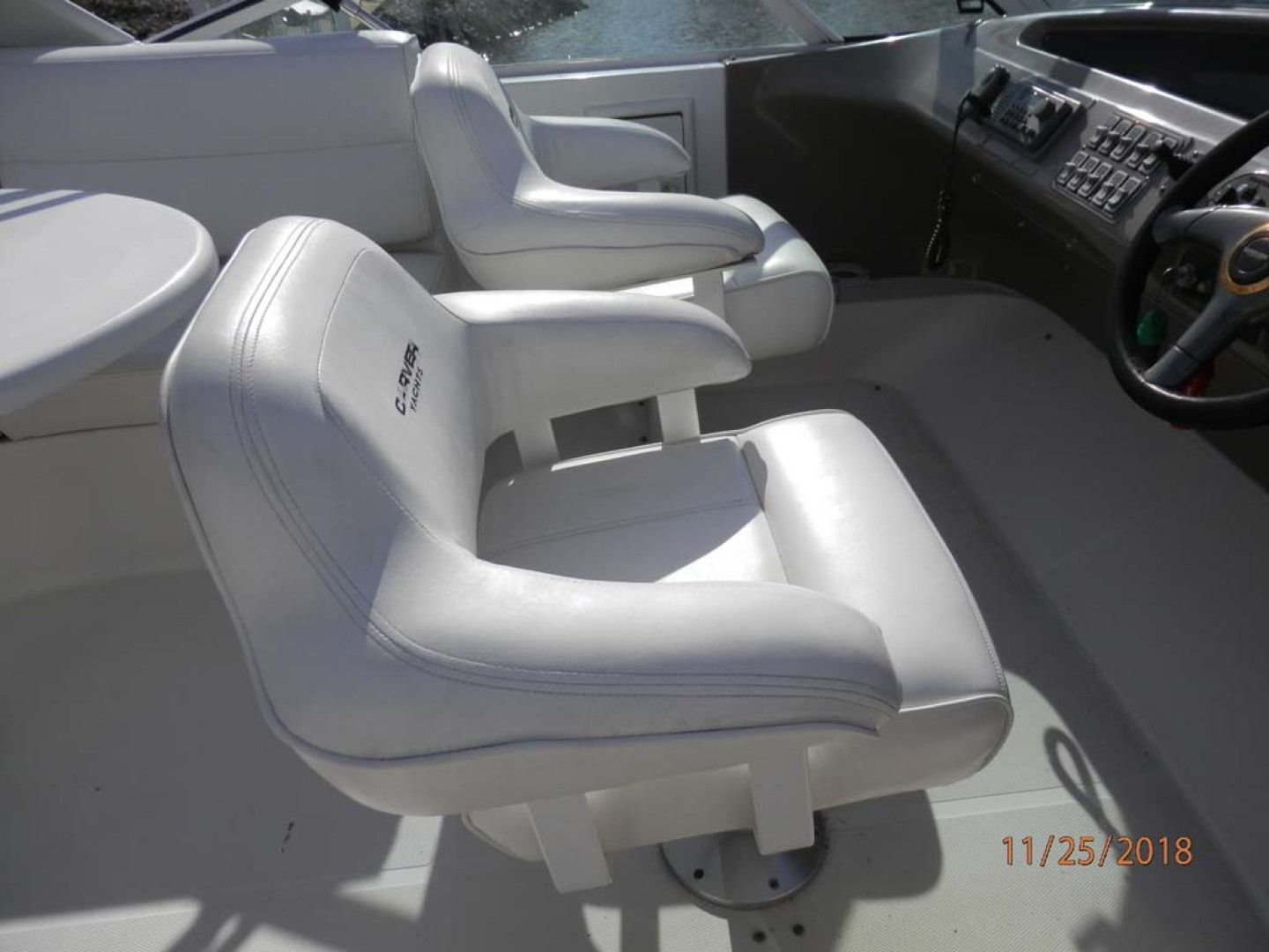 Carver-450 Voyager Pilothouse 1999-Carolina Cajun Beaufort-North Carolina-United States-Flybridge Captains Chairs-1093061 | Thumbnail