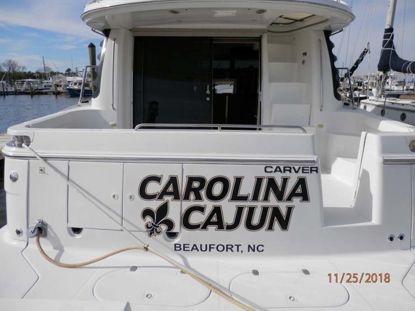 Carver-450 Voyager Pilothouse 1999-Carolina Cajun Beaufort-North Carolina-United States-Stern View-1093072 | Thumbnail