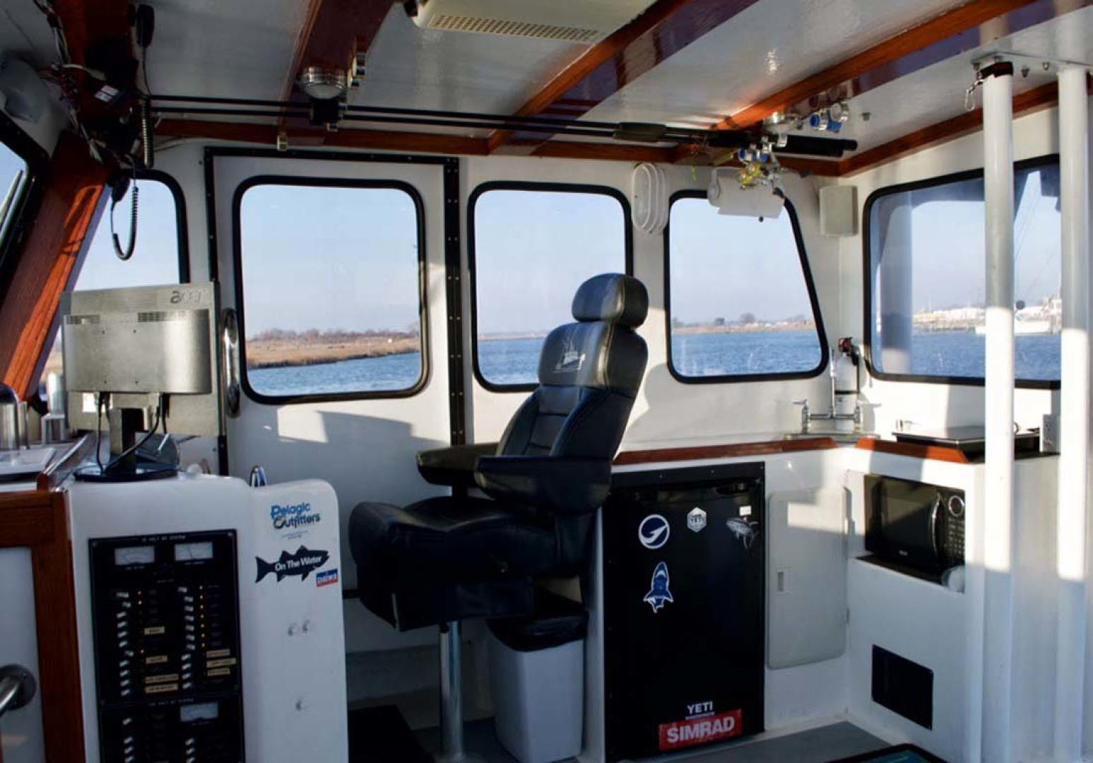 Willis Beal-RP40 2003-Aurora Marie Long Island-New York-United States-Wheelhouse-1093214 | Thumbnail
