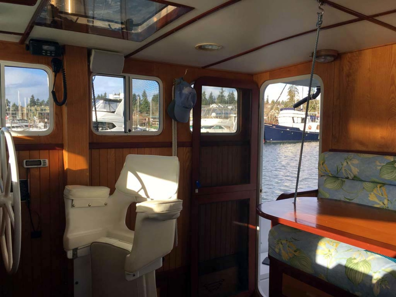Webbers Cove-1966/2004 Custom Trawler 1966-Deja Bleu Bainbridge Island-Washington-United States-Pilothouse Chair-1095686 | Thumbnail