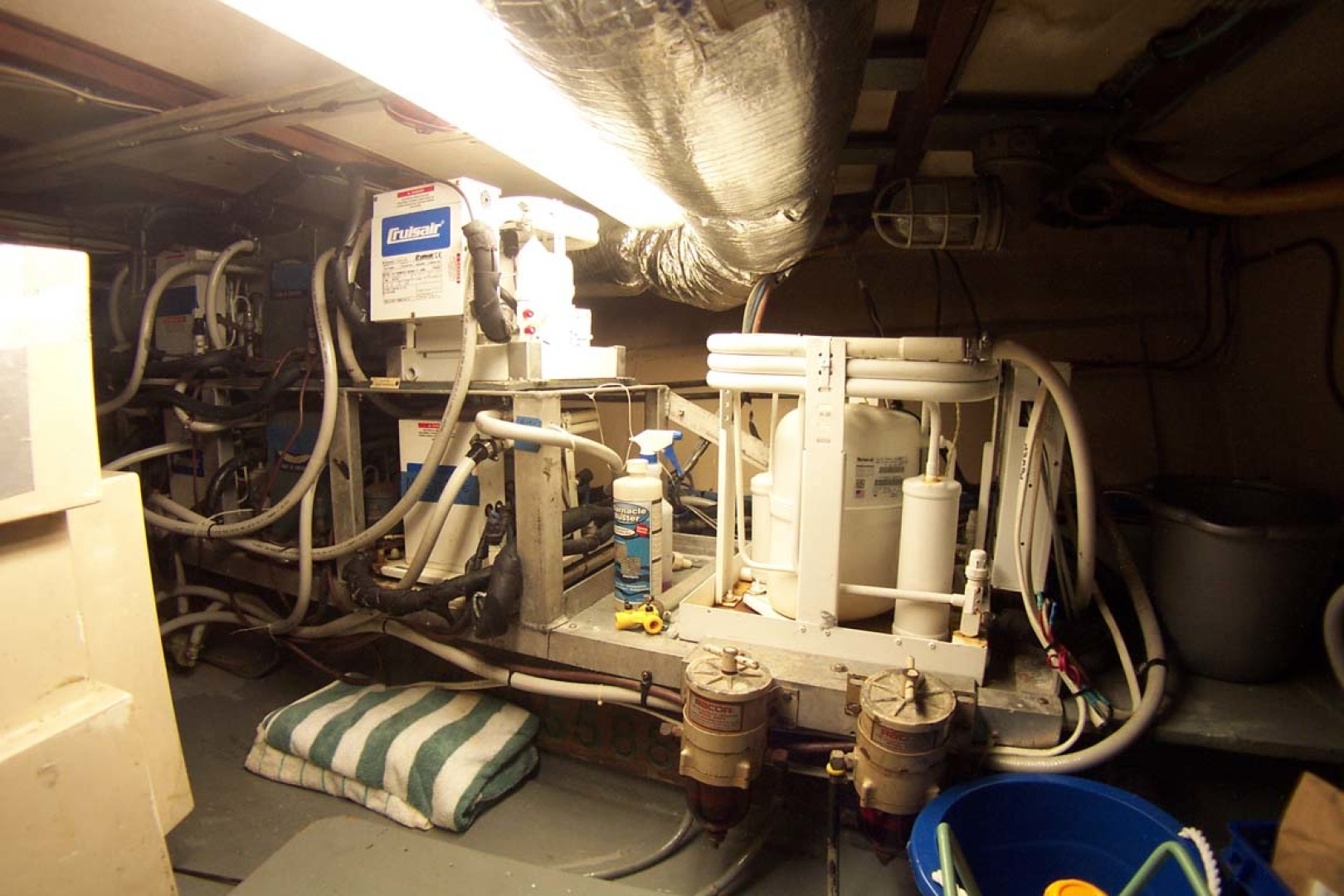 Hatteras-61 Motoryacht 1980-Piece A Cake Ft. Pierce-Florida-United States-A/C Compressors-1094546 | Thumbnail
