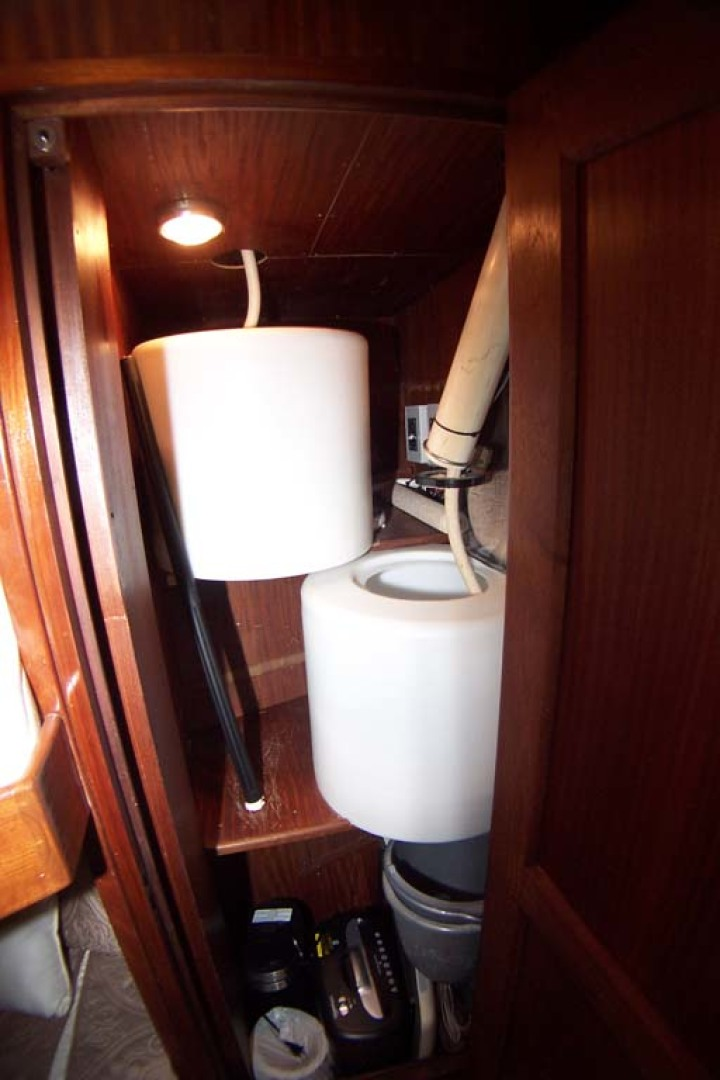 Hatteras-61 Motoryacht 1980-Piece A Cake Ft. Pierce-Florida-United States-Glendinning 50a Cable Tubs-1094547 | Thumbnail