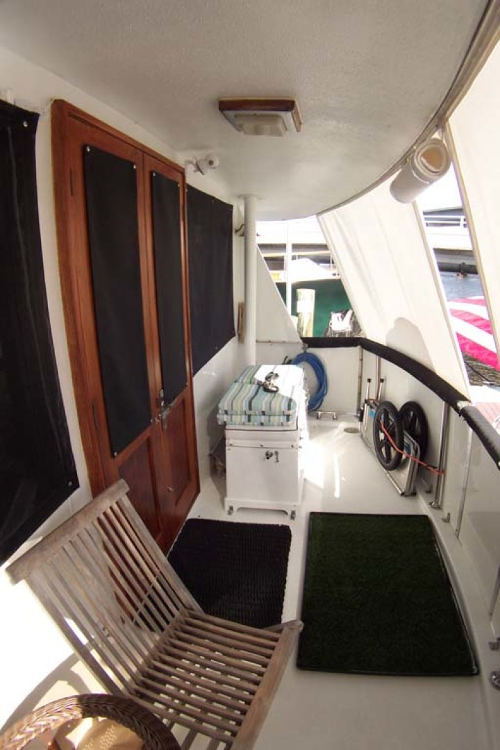 Hatteras-61 Motoryacht 1980-Piece A Cake Ft. Pierce-Florida-United States-Aft Raised cockpit to Stbd-1094532 | Thumbnail