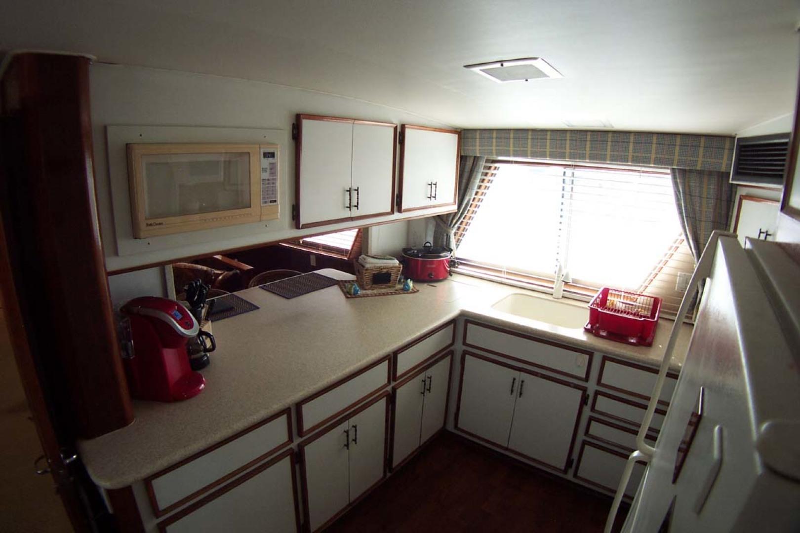 Hatteras-61 Motoryacht 1980-Piece A Cake Ft. Pierce-Florida-United States-Galley Portside-1094507 | Thumbnail