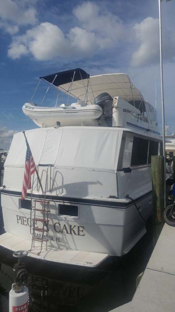 Hatteras-61 Motoryacht 1980-Piece A Cake Ft. Pierce-Florida-United States-Stern Profile-1094530 | Thumbnail