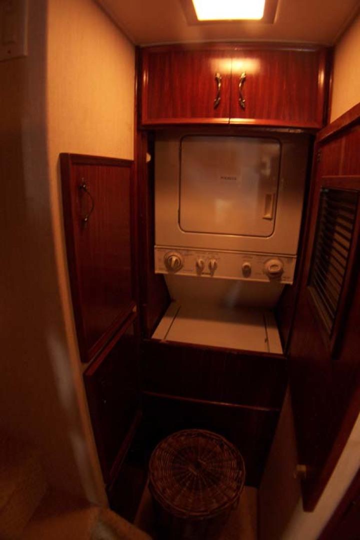 Hatteras-61 Motoryacht 1980-Piece A Cake Ft. Pierce-Florida-United States-Washer Dryer-1094525 | Thumbnail