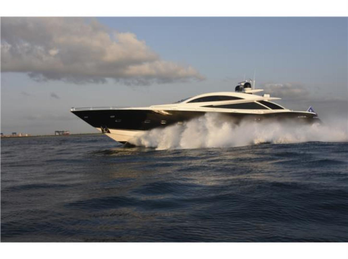 108' Sunseeker 2007 PREDATOR 108 DOUBLE D
