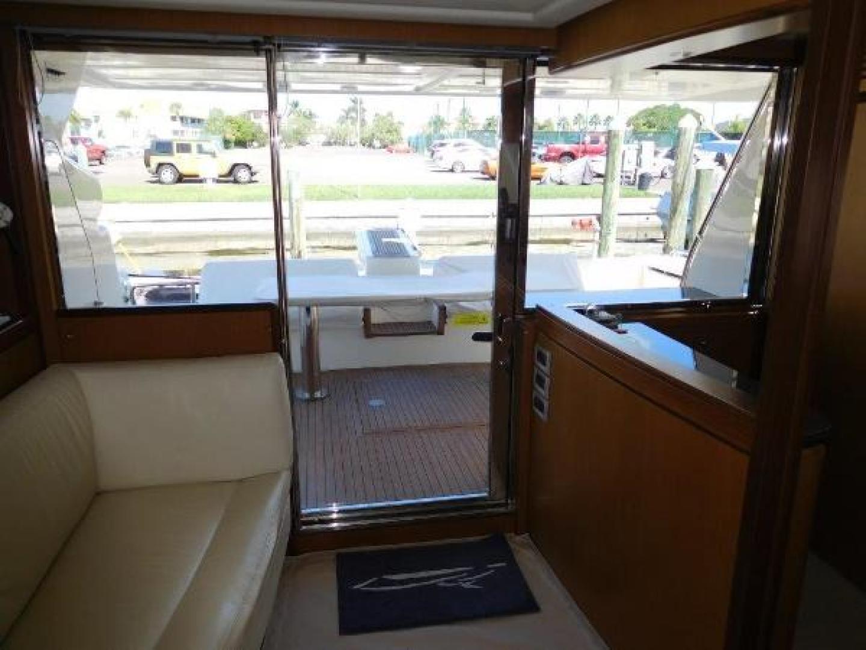 Ferretti Yachts-630 2009-BREAKAWAY Treasure Island-Florida-United States-Sliding Glass Door Entry to Salon-1097533 | Thumbnail