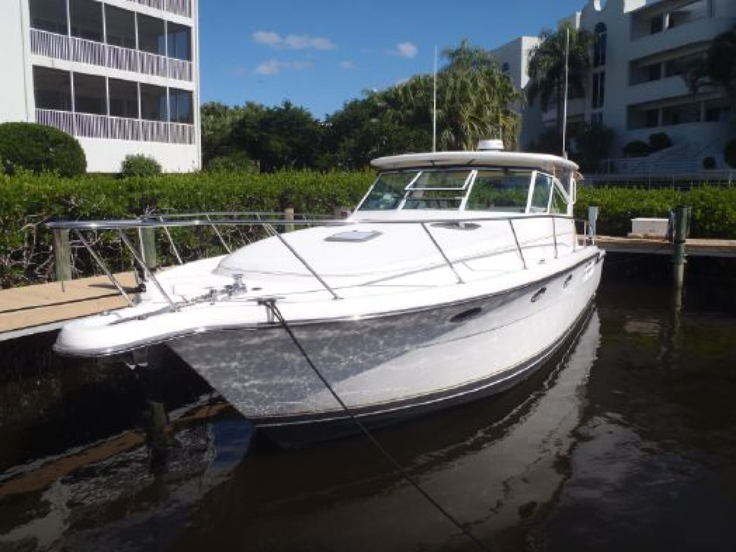 Picture Of: 41' Tiara 41 Open 2002 Yacht For Sale | 2 of 41