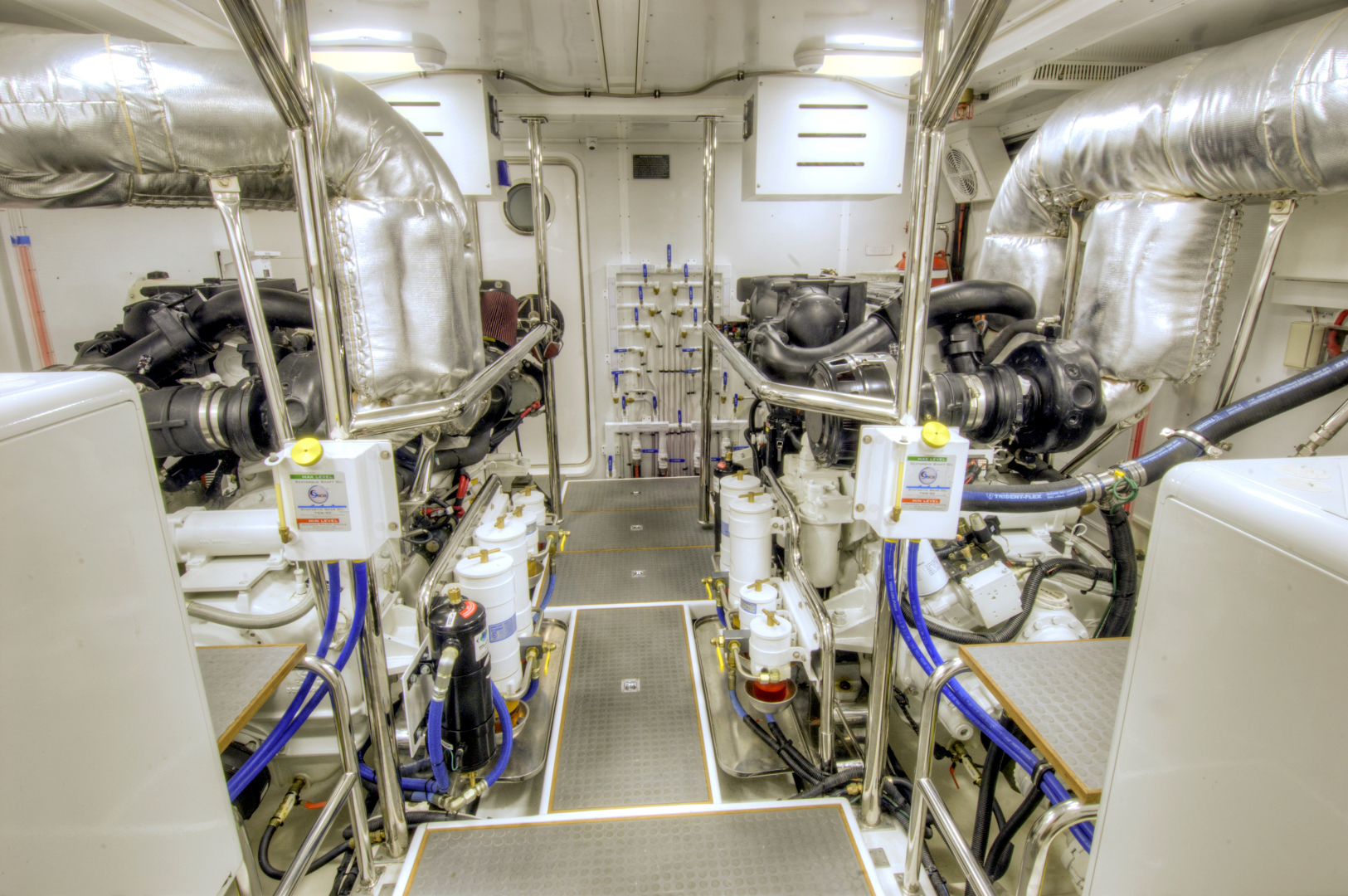 Offshore Yachts-Motoryacht 2020 -United States-1117781   Thumbnail