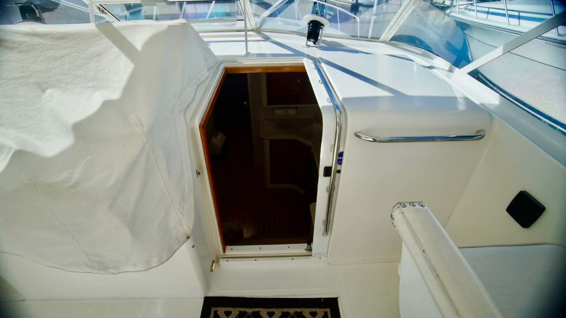 Cabo-45 Open Express 1998-Ghost Rider Orange Beach-Alabama-United States-Companionway-1103443 | Thumbnail