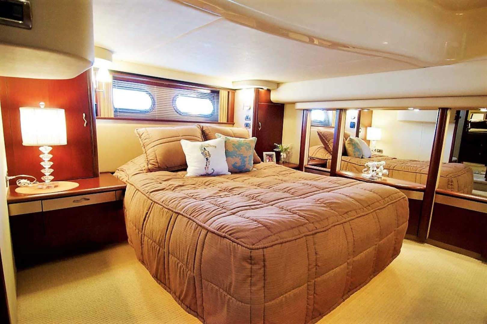 Sea Ray-58 Sedan Bridge 2006-Livin Large IV Jupiter-Florida-United States-Master Stateroom-1103683 | Thumbnail