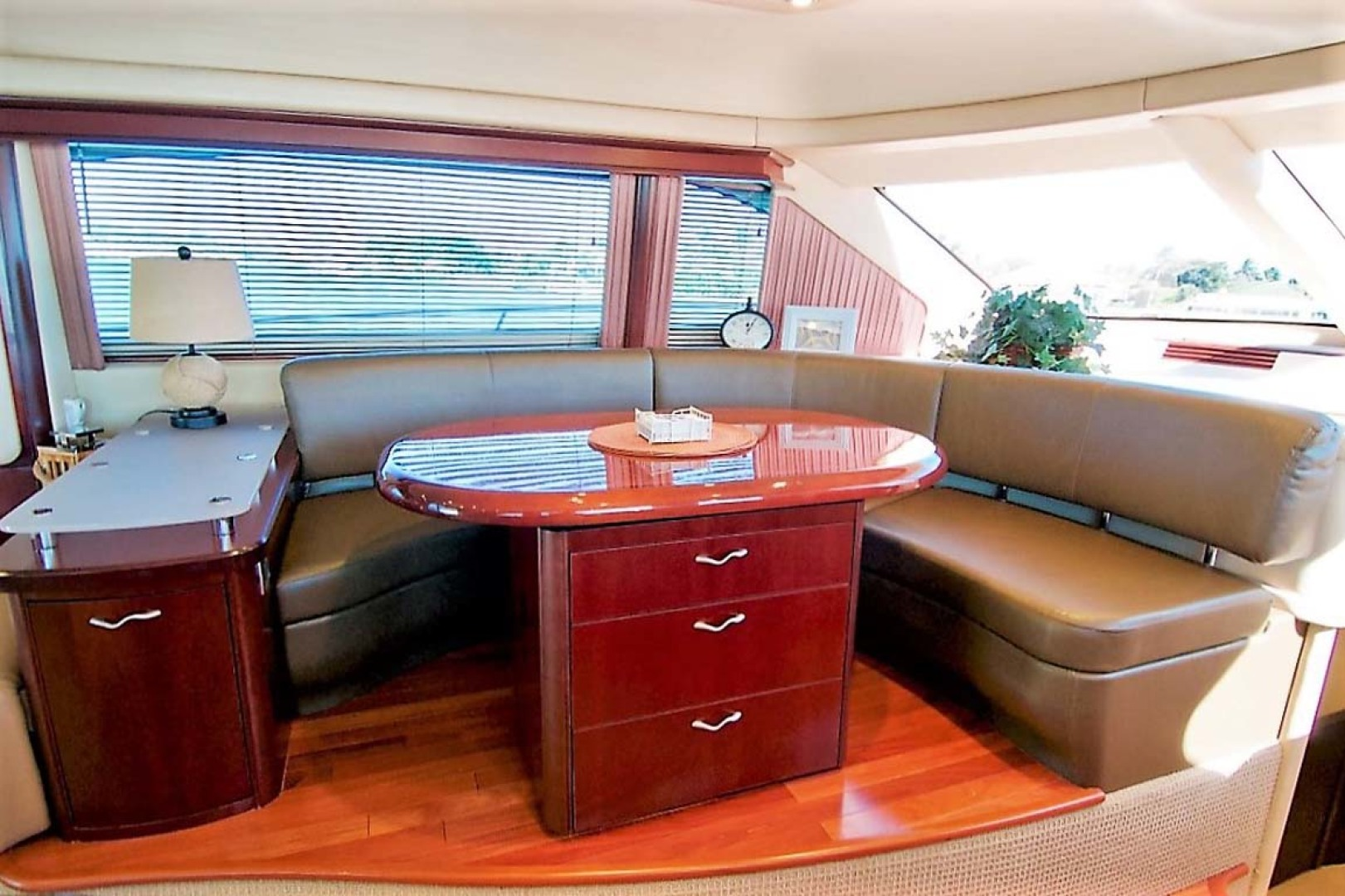 Sea Ray-58 Sedan Bridge 2006-Livin Large IV Jupiter-Florida-United States-Dinette-1103678 | Thumbnail