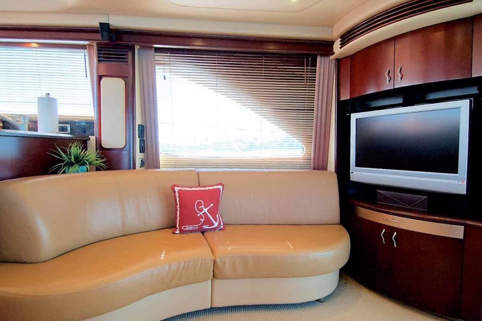 Sea Ray-58 Sedan Bridge 2006-Livin Large IV Jupiter-Florida-United States-Starboard Settee-1103675 | Thumbnail