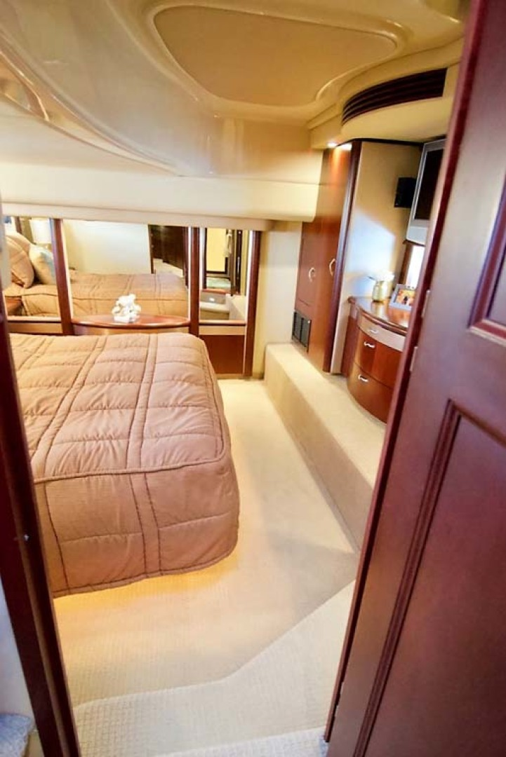 Sea Ray-58 Sedan Bridge 2006-Livin Large IV Jupiter-Florida-United States-Master Stateroom-1103687 | Thumbnail
