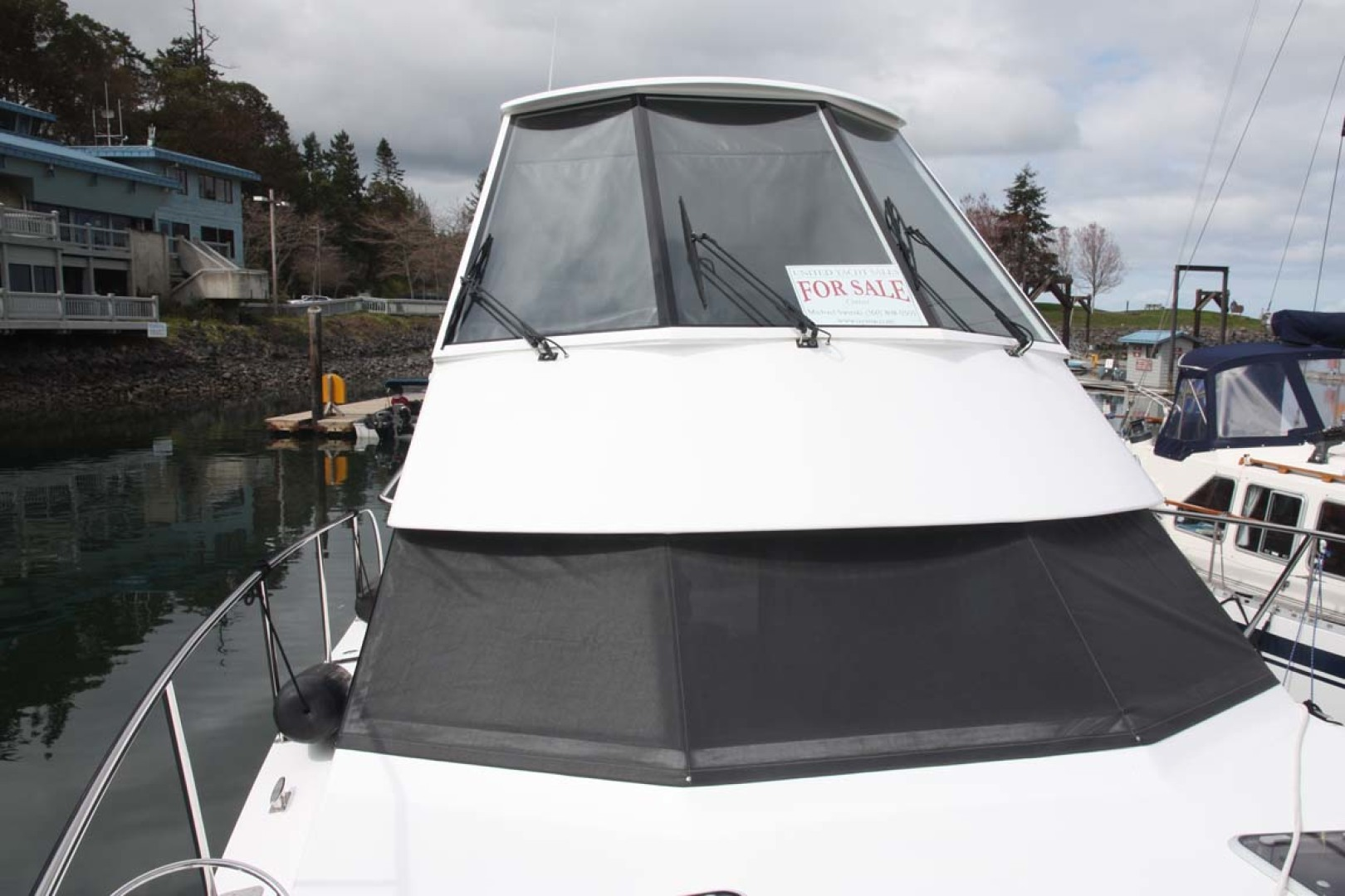 Custom-TLD New Zealand Power Cat 41 2004-Kittiwake Sequim-Washington-United States-Windshields-1105995 | Thumbnail