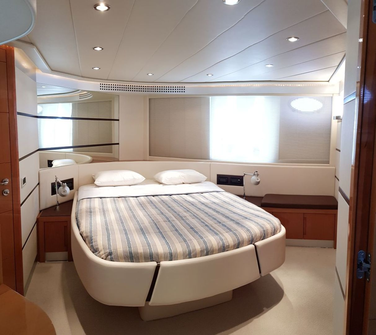 Pershing-62 2007 -Cancun-Mexico-2007 PERSHING 62 FOR SALE-1134399 | Thumbnail