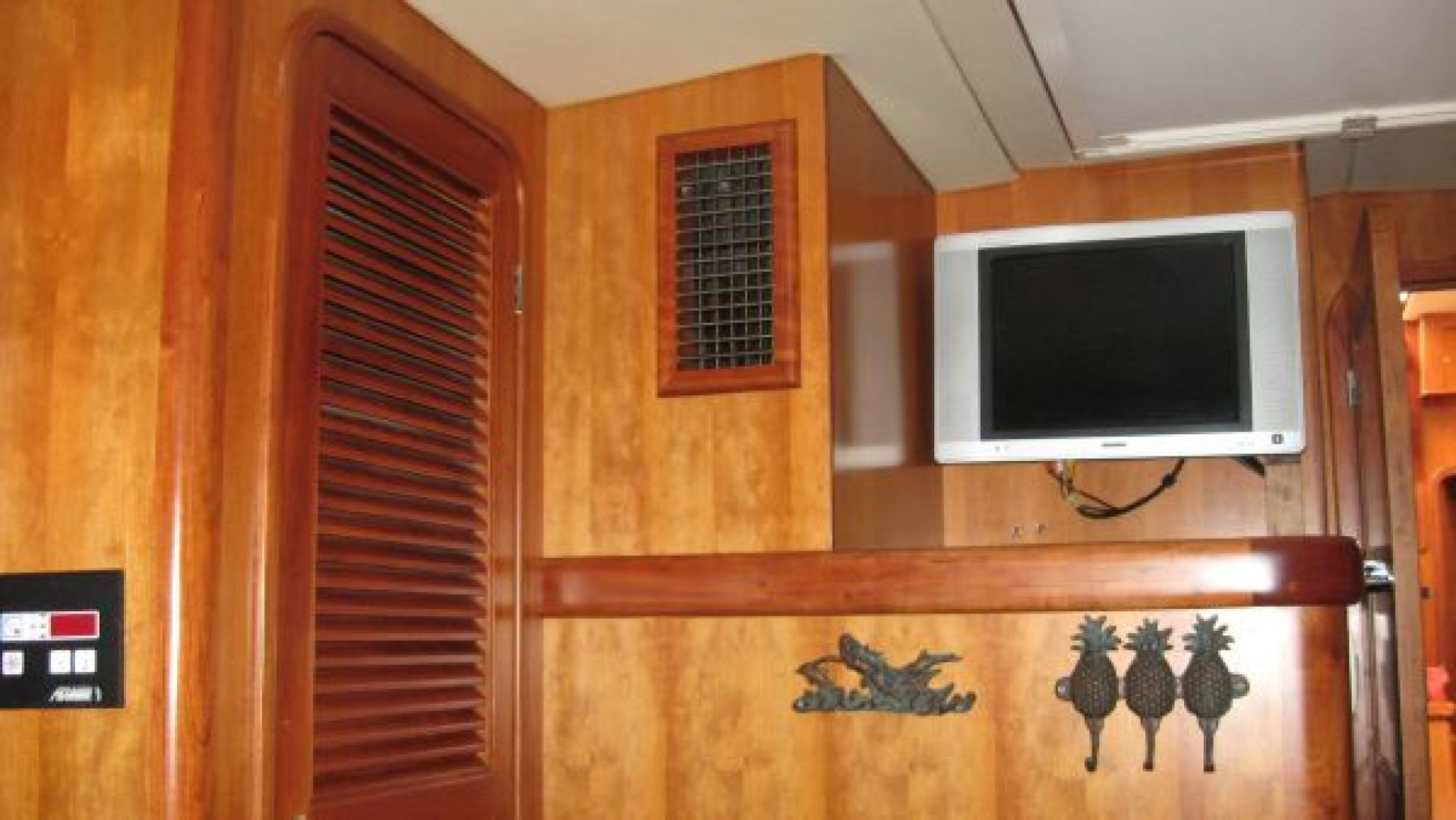 Tayana-58 Deck Saloon 2006-Majestic San Diego-California-United States-Guest Cabin Entertainment  locker-1110929 | Thumbnail