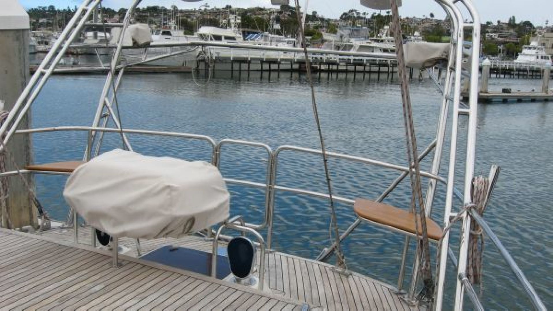 Tayana-58 Deck Saloon 2006-Majestic San Diego-California-United States-Aft Seats  Liferaft  Cradle-1110924 | Thumbnail