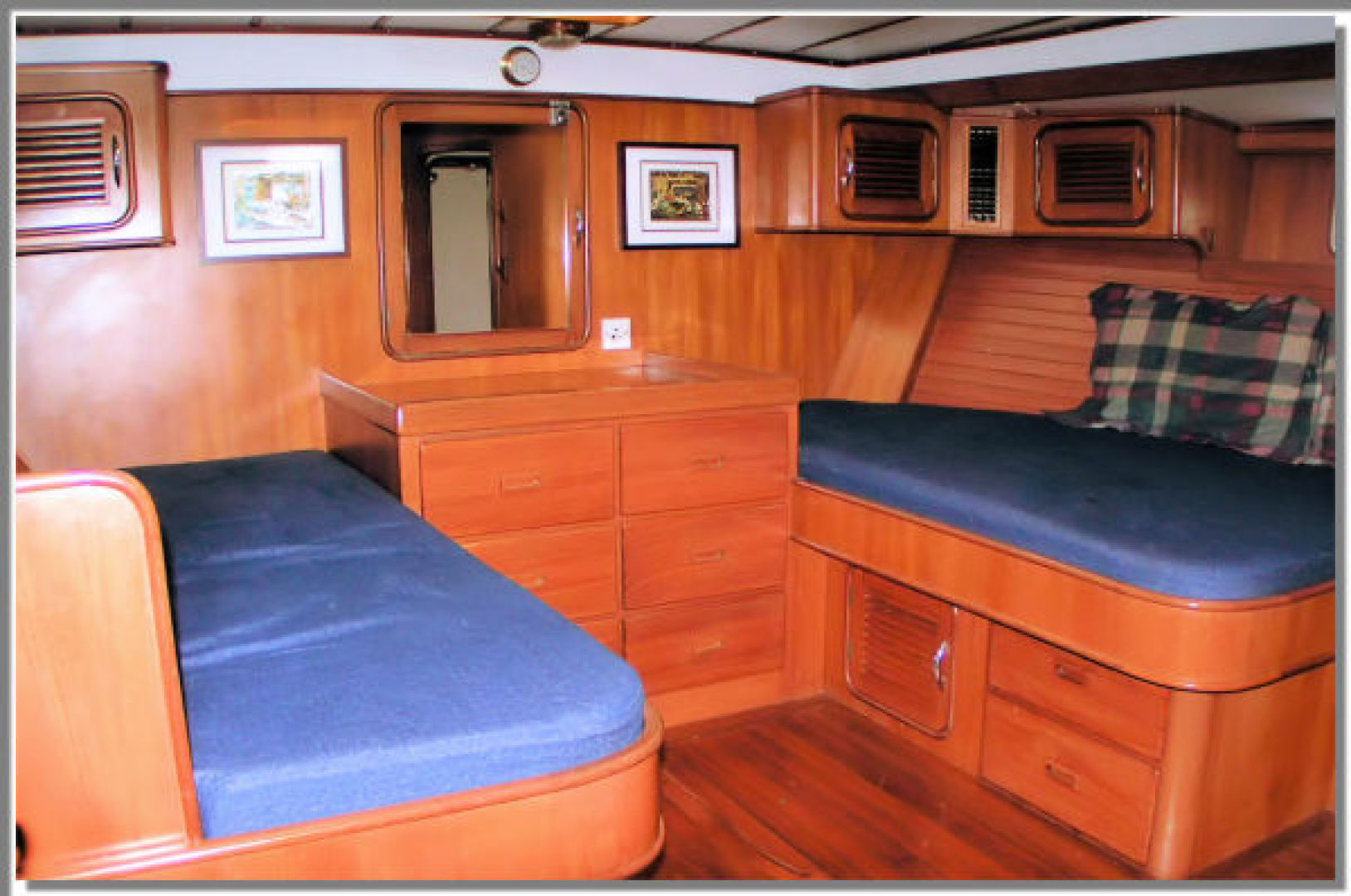 Picture Of: 55' Tayana Cutter Rig Center Cockpit 1986 Yacht For Sale | 2 of 27
