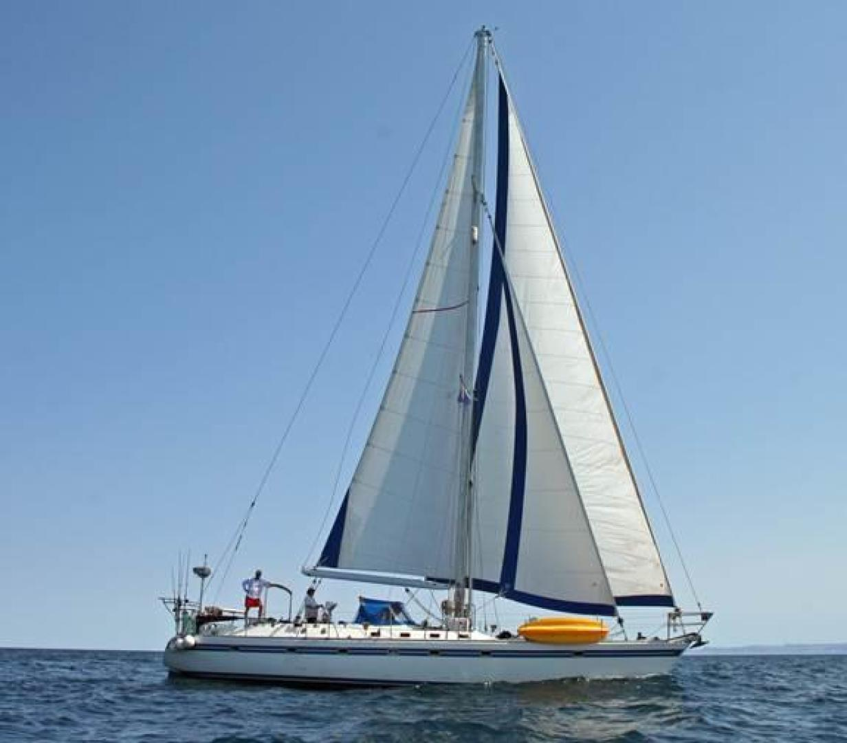 Picture Of: 55' Tayana Cutter Rig Center Cockpit 1986 Yacht For Sale | 1 of 27