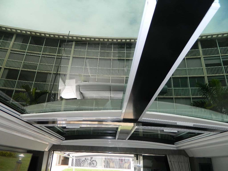 Sea Ray-Sundancer 510 Signature 2018-White Wings V Deerfield Beach-Florida-United States-Sunroof-1112685 | Thumbnail