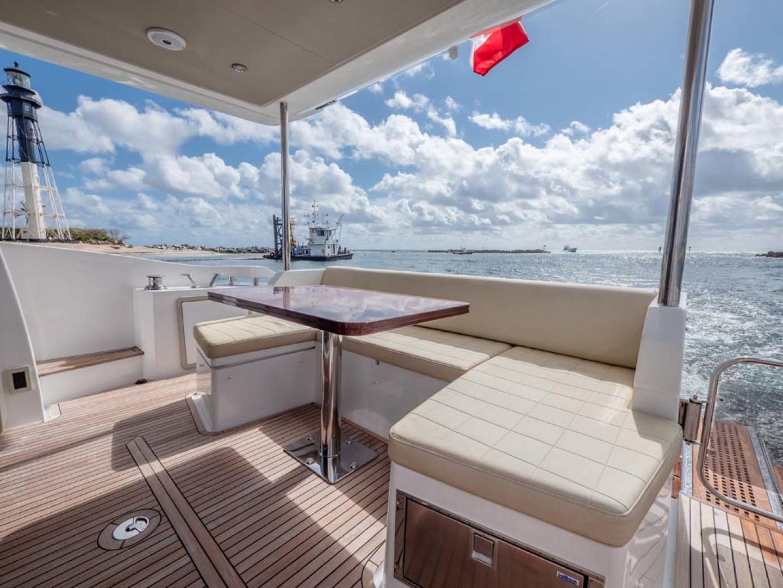 Azimut-50 Flybridge 2016-JET PRIVÉ Fort Lauderdale-Florida-United States-Bridge Seating-1116405 | Thumbnail