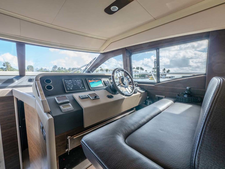 Azimut-50 Flybridge 2016-JET PRIVÉ Fort Lauderdale-Florida-United States-Lower Helm-1116418 | Thumbnail