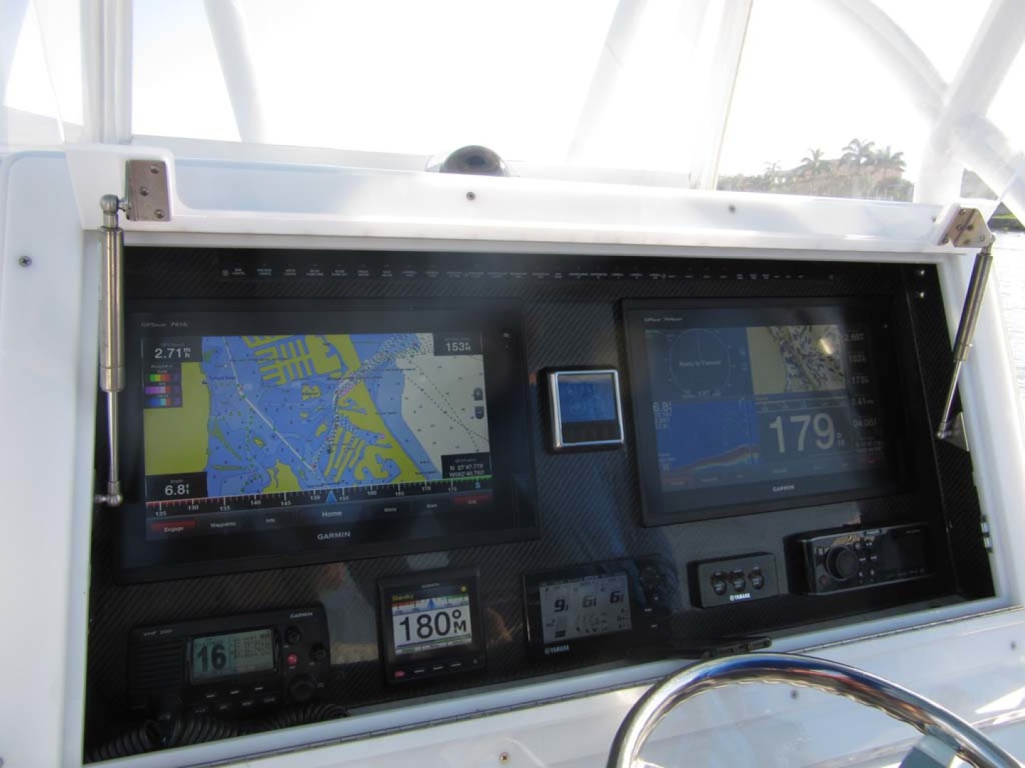 SeaHunter-39 Center Console 2017-SQUEEZE PLAY II Madeira Beach-Florida-United States-Electronics-1117907 | Thumbnail