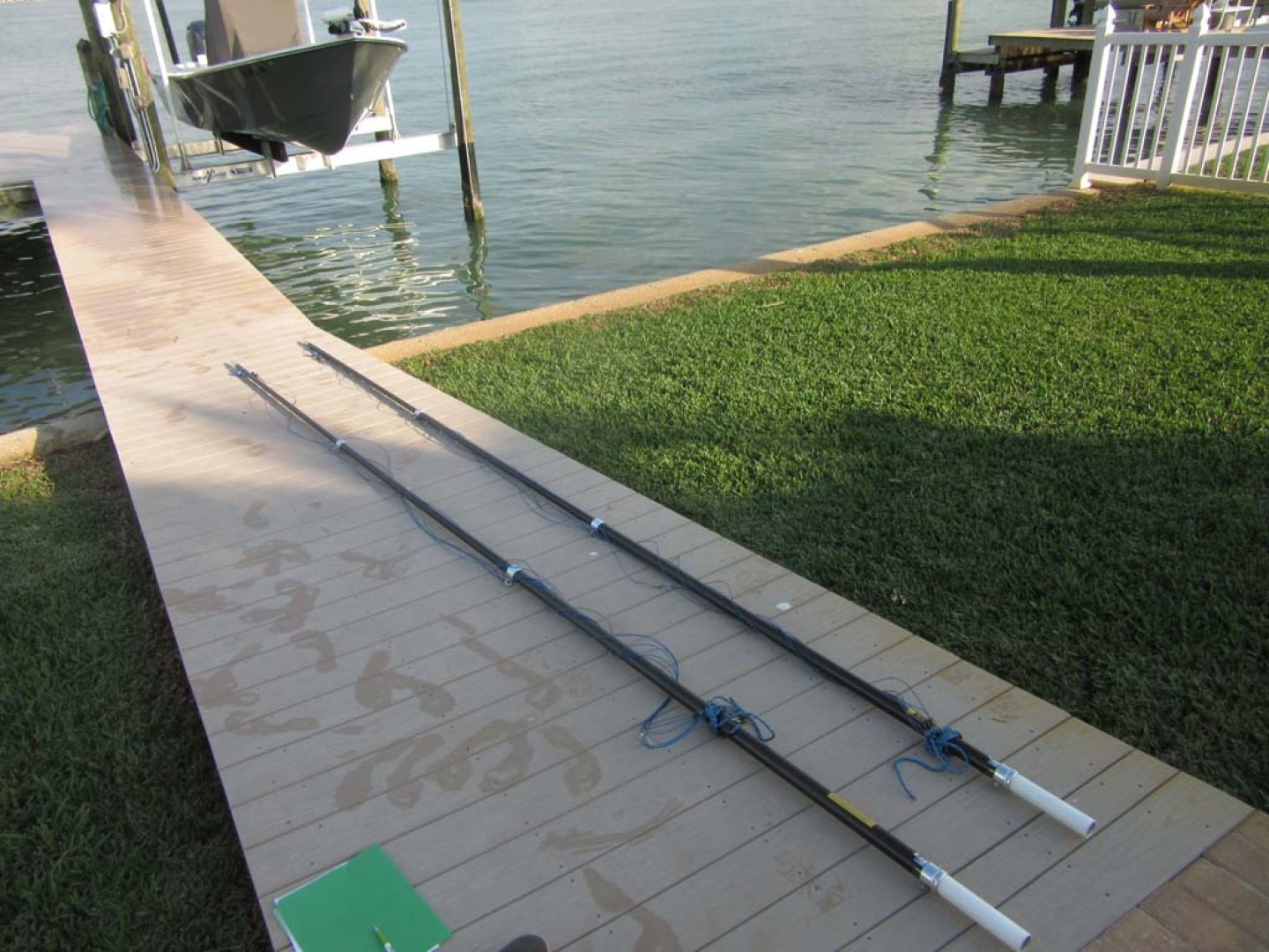 SeaHunter-39 Center Console 2017-SQUEEZE PLAY II Madeira Beach-Florida-United States-Carbon Fiber Outrigger Poles-1117911 | Thumbnail