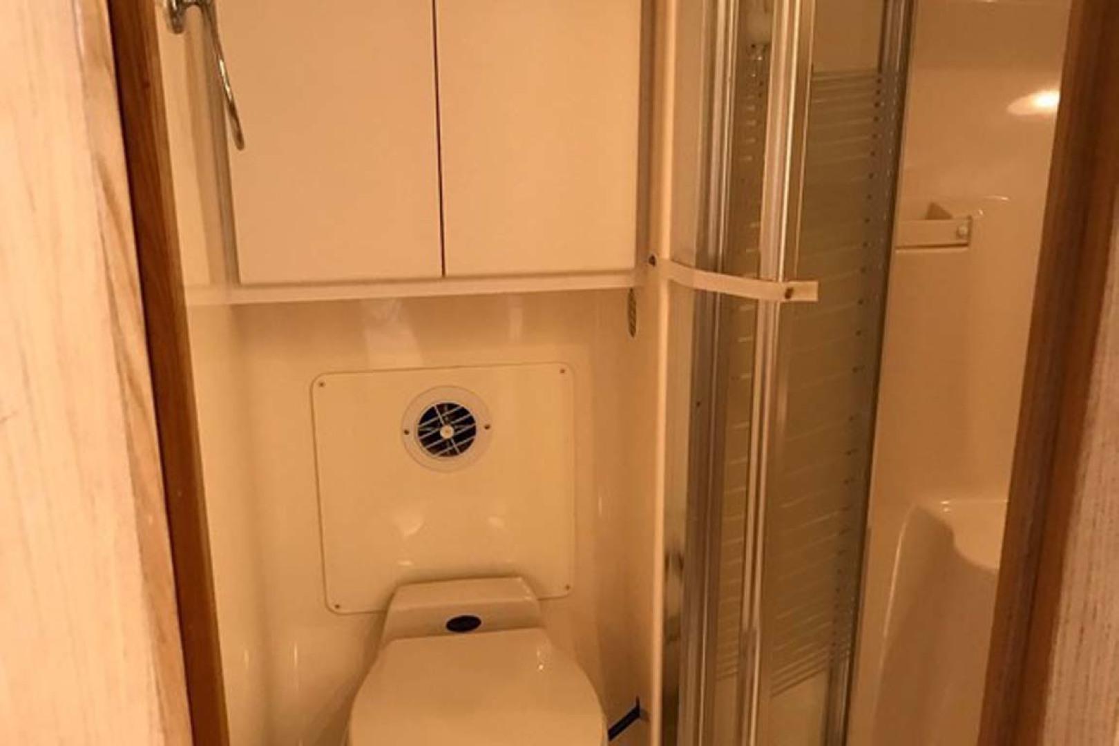 Tiara-Open 1997-Cadiz Saint Augustine-Florida-United States-Head Toilet-1117961 | Thumbnail