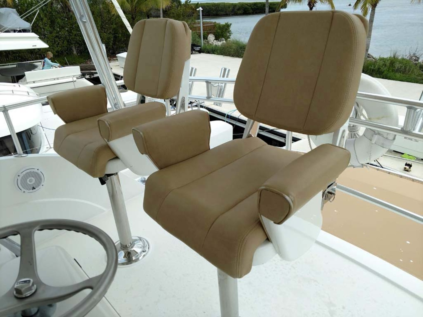 Bertram-510 Convertible 2002-Mary B Oceans Edge Hotel and Marina, Key West-Florida-United States-Helm Chairs-1127131 | Thumbnail