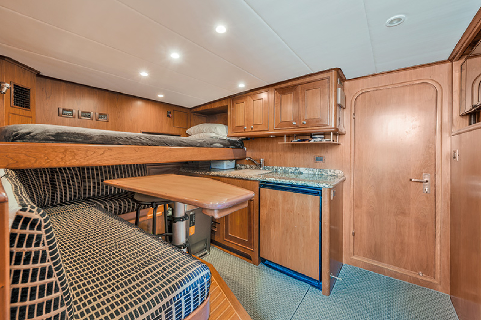 Outer Reef Yachts-Raised Pilothouse 2007-MS. MONICA Palm Beach Gardens-Florida-United States-Crew Quarters-1119575   Thumbnail