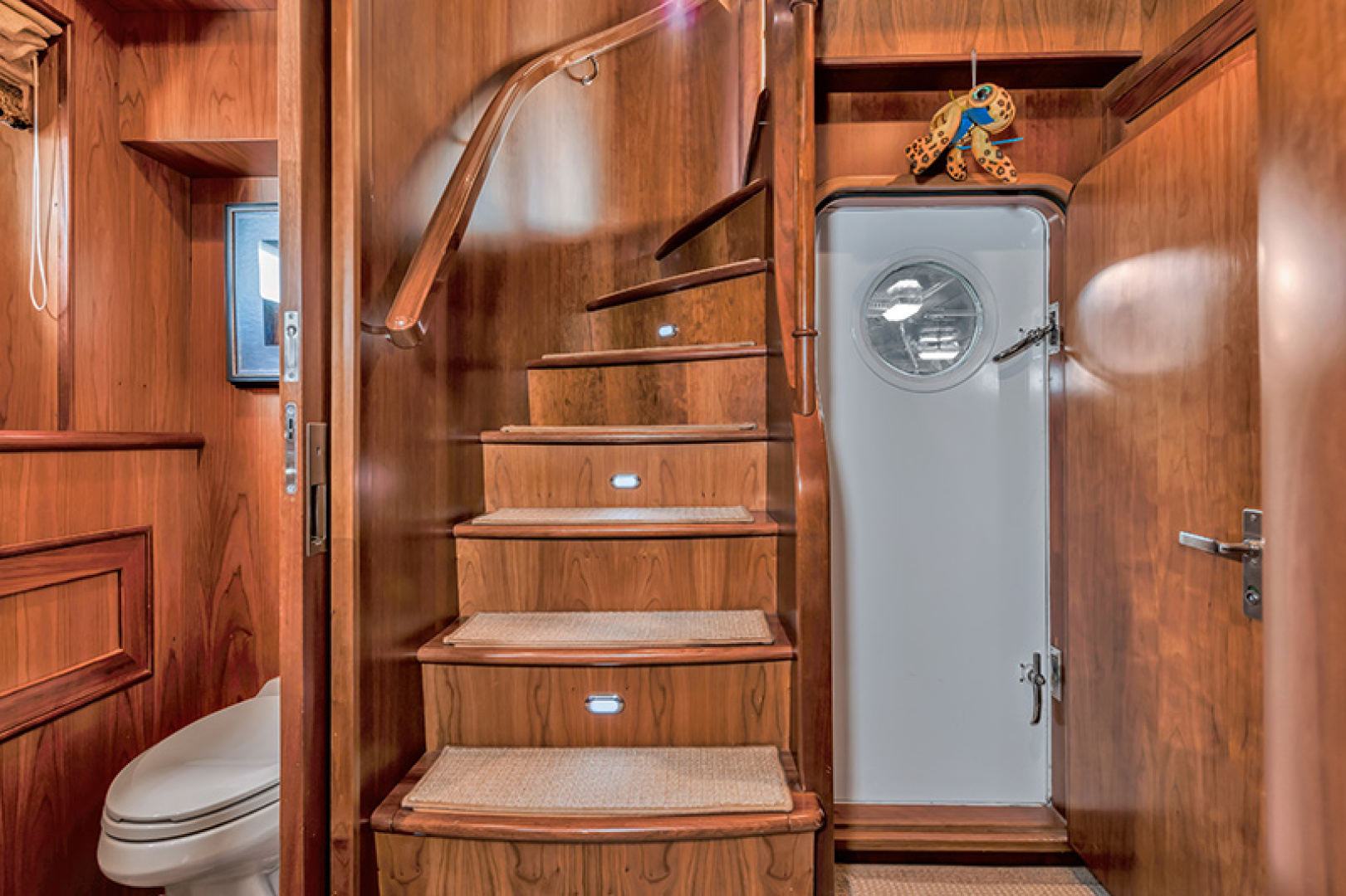Outer Reef Yachts-Raised Pilothouse 2007-MS. MONICA Palm Beach Gardens-Florida-United States-Aft Lower Foyer-1119585   Thumbnail