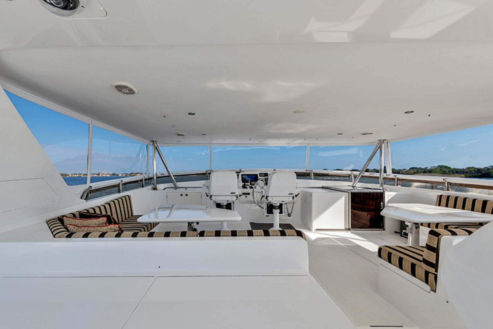 Outer Reef Yachts-Raised Pilothouse 2007-MS. MONICA Palm Beach Gardens-Florida-United States-Flybridge-1119568   Thumbnail