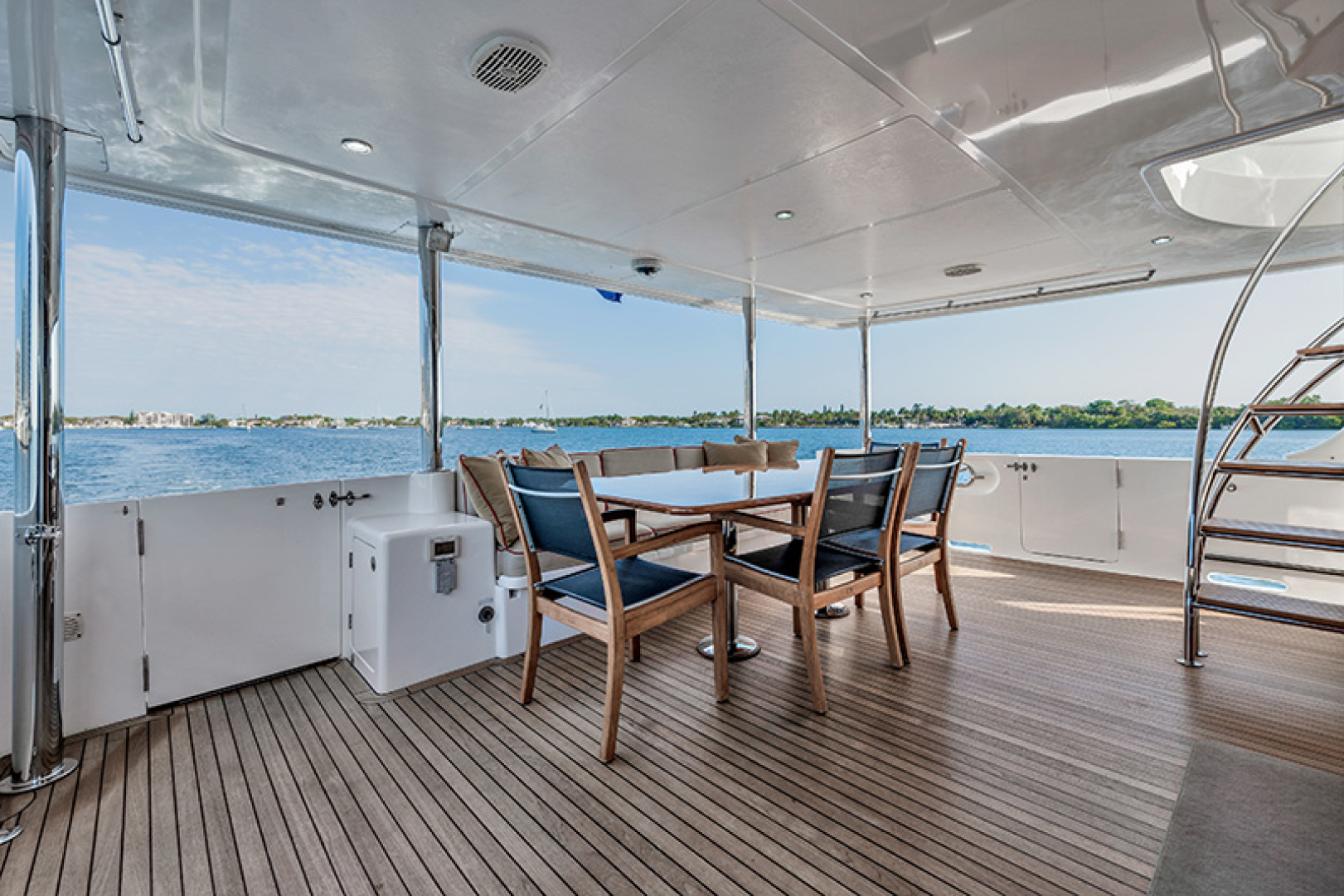 Outer Reef Yachts-Raised Pilothouse 2007-MS. MONICA Palm Beach Gardens-Florida-United States-Aft Deck-1119573   Thumbnail