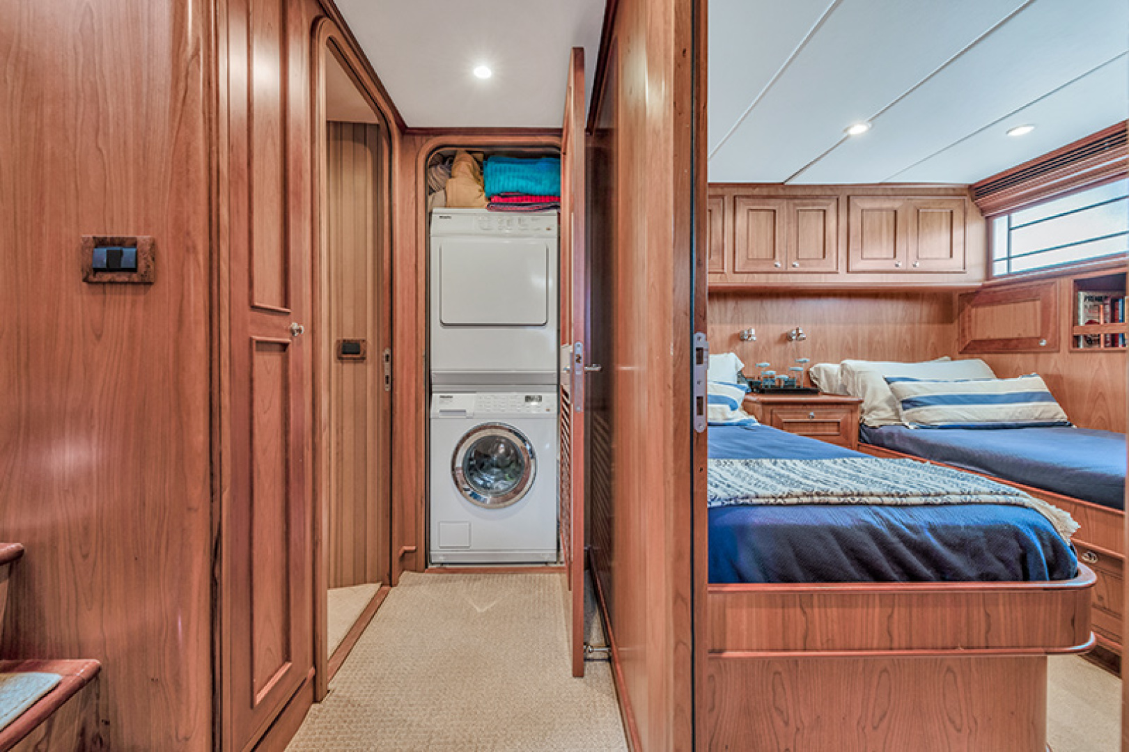 Outer Reef Yachts-Raised Pilothouse 2007-MS. MONICA Palm Beach Gardens-Florida-United States-Laundry Adjacent to Twin Stateroom-1119565   Thumbnail