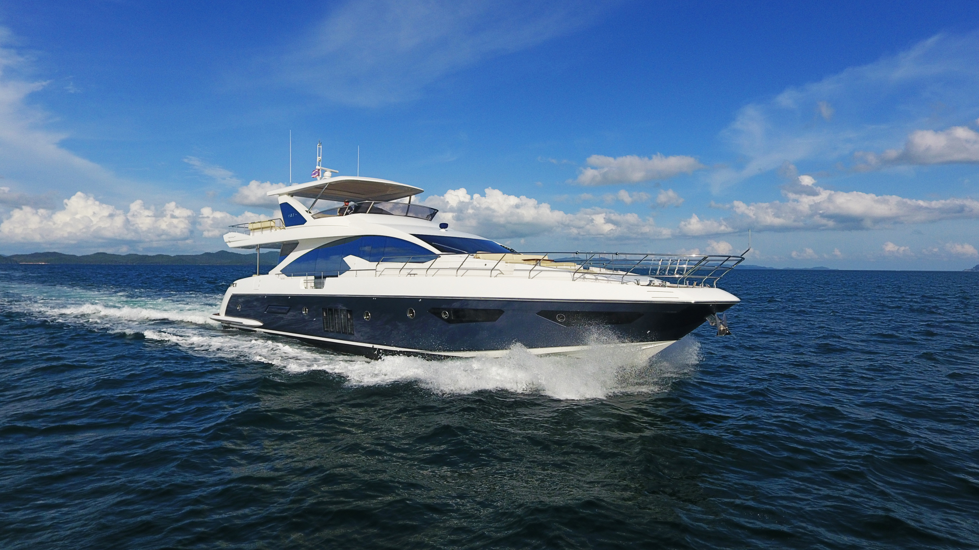 Picture Of: 82' Azimut 2016 Yacht For Sale | 2 of 34