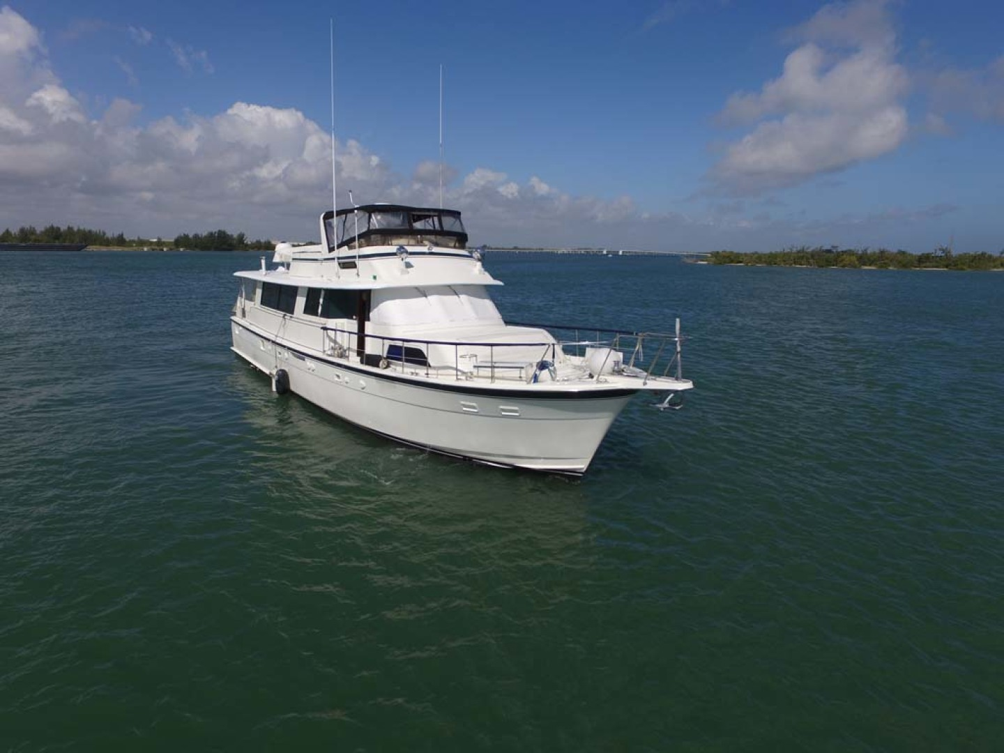 Hatteras-74 Motor Yacht 1981-Pleasurizer Fort Pierce-Florida-United States-Starboard Bow-1122239 | Thumbnail
