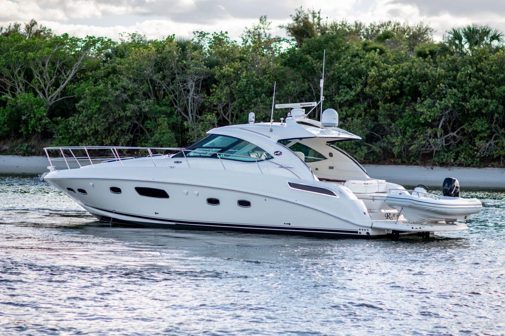 47' 2011 Sea Ray 470 Sundancer | Tampa Yacht Sales