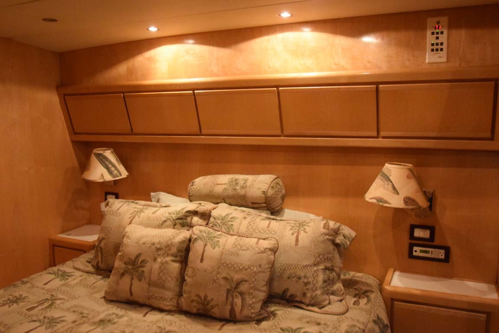 Bertram-60 Convertible 1998-CHARDAN Lighthouse Point-Florida-United States-Master Cabin to Port Bulkhead-1122719 | Thumbnail