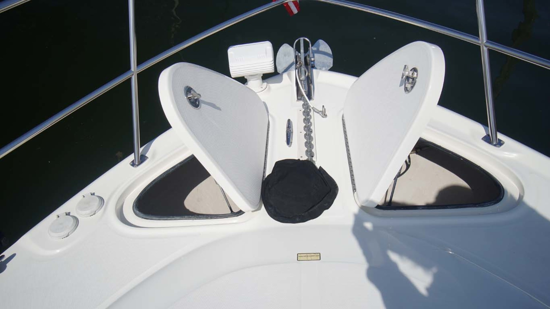 Sea Ray-Sundancer 2006-Late Fee Destin-Florida-United States-Spotlight, Windlass, Anchor Lockers with Washdown-1125973 | Thumbnail