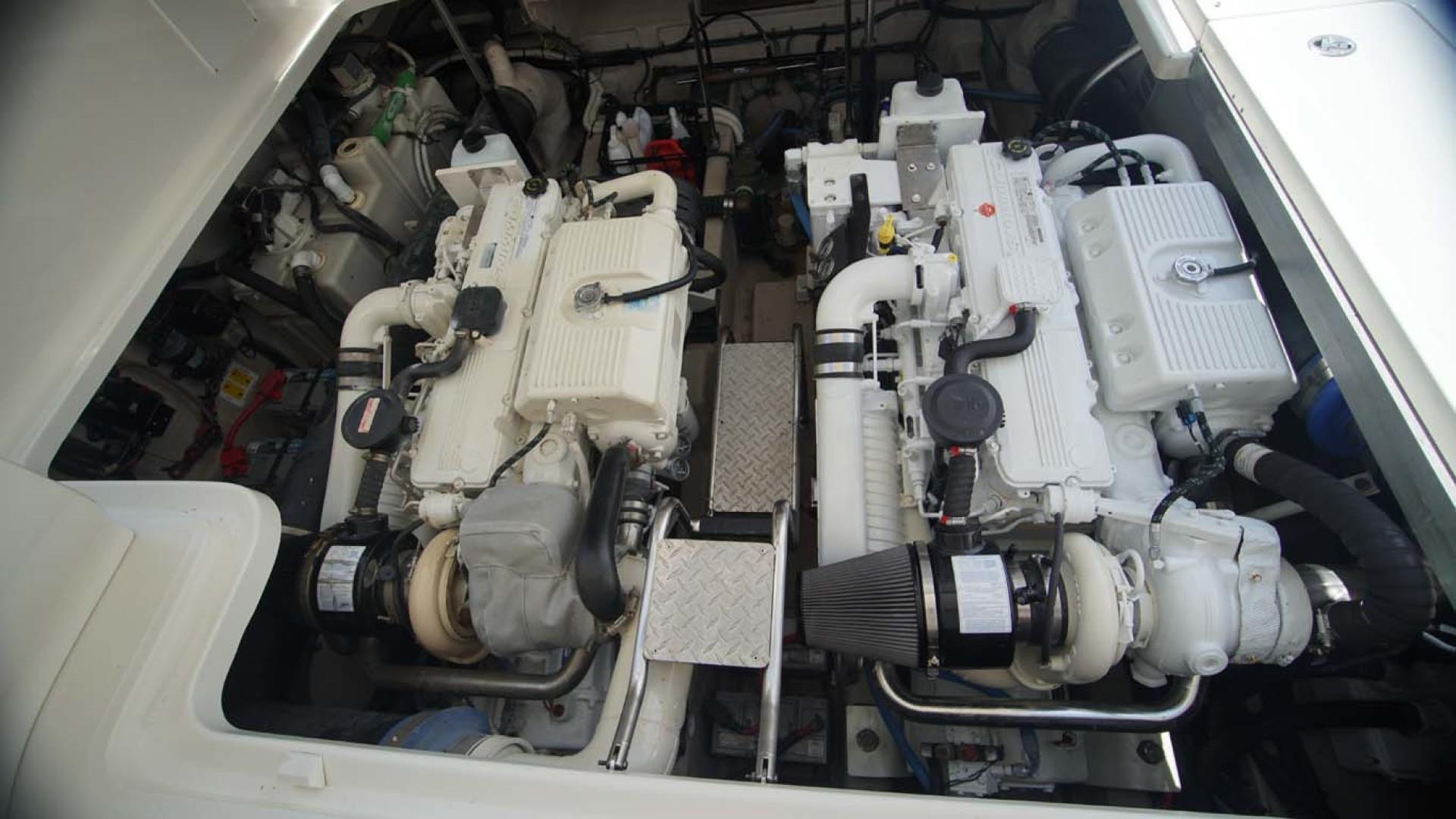 Sea Ray-Sundancer 2006-Late Fee Destin-Florida-United States-Engine Room-1125997 | Thumbnail