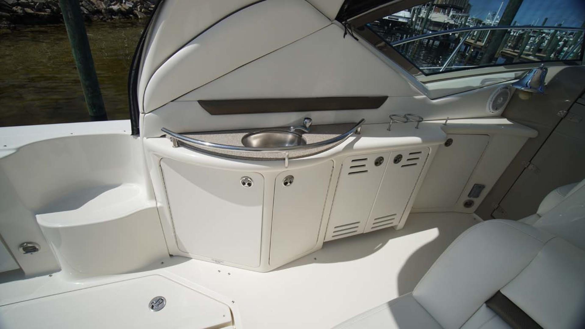 Sea Ray-Sundancer 2006-Late Fee Destin-Florida-United States-Wet Bar-1125984 | Thumbnail