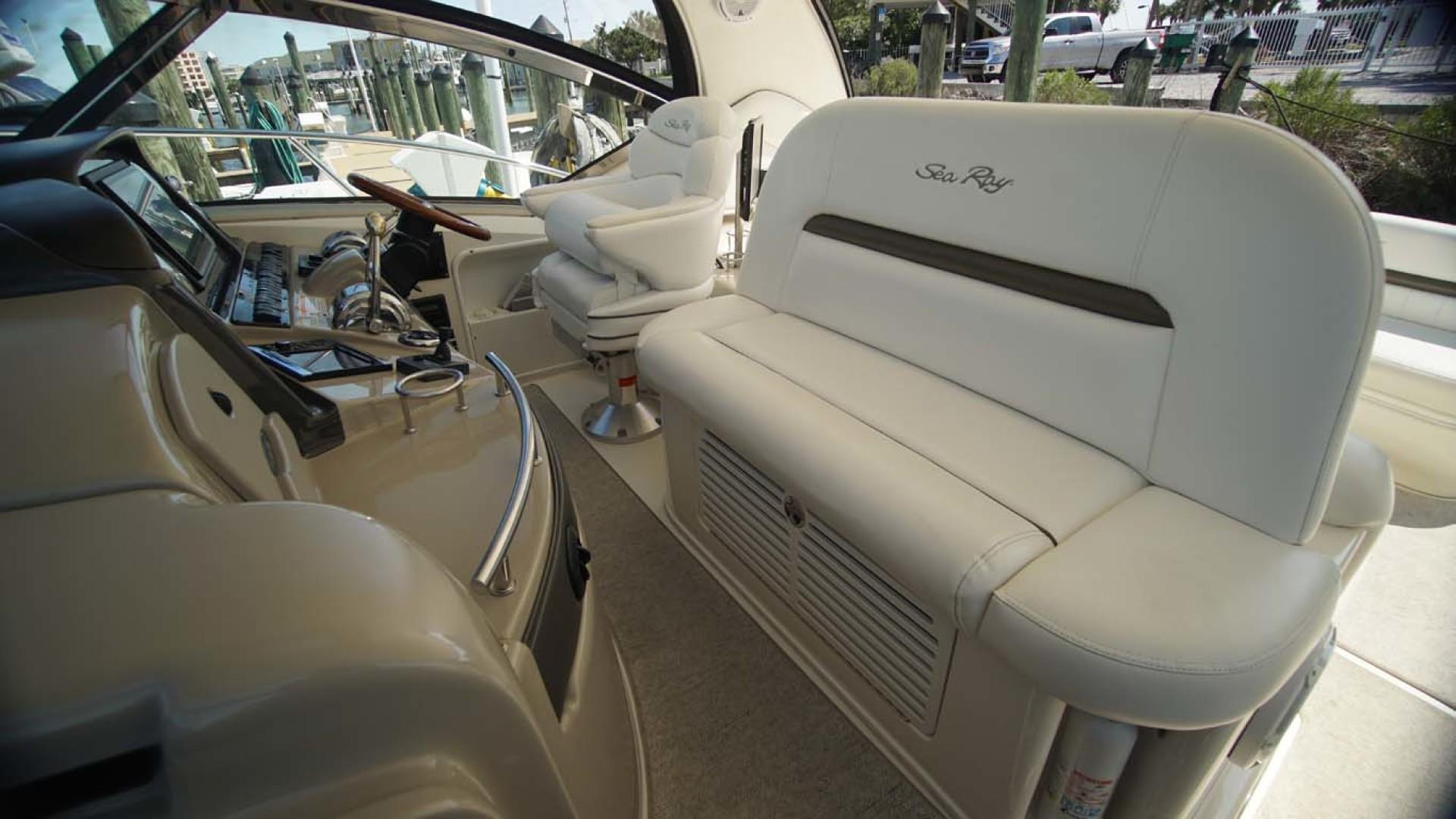 Sea Ray-Sundancer 2006-Late Fee Destin-Florida-United States-Companionseat-1125991 | Thumbnail