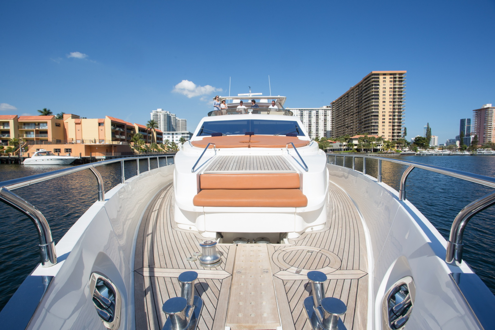 85' Aicon, Listing Number 100826240, - Photo No. 5