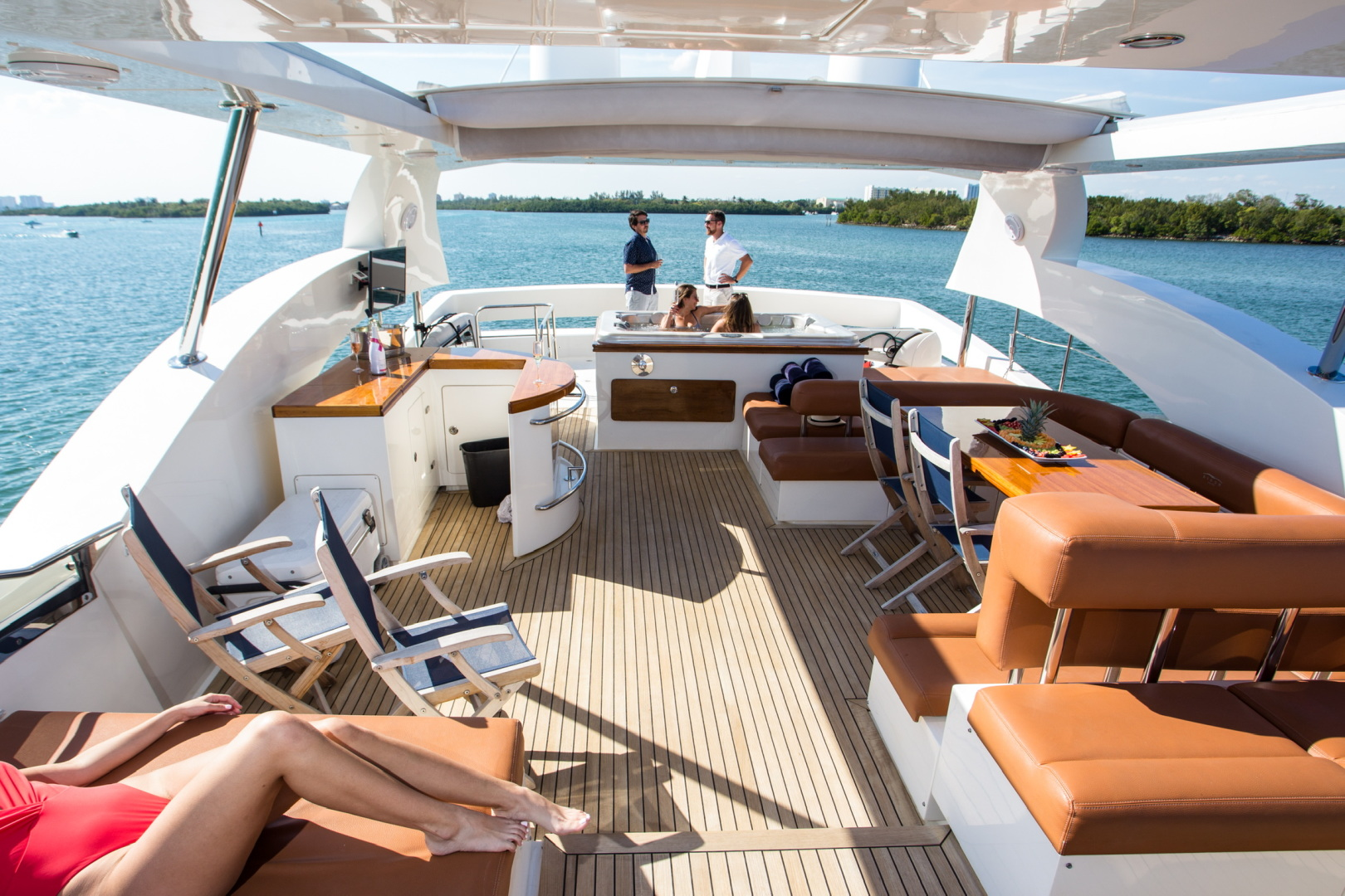 85' Aicon, Listing Number 100826240, - Photo No. 7