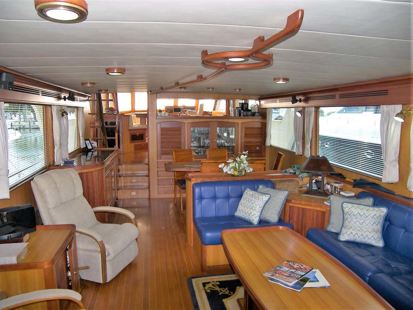 Marlow-70E Explorer 2004-Bluebonnet Sarasota-Florida-United States-Salon-1129296 | Thumbnail