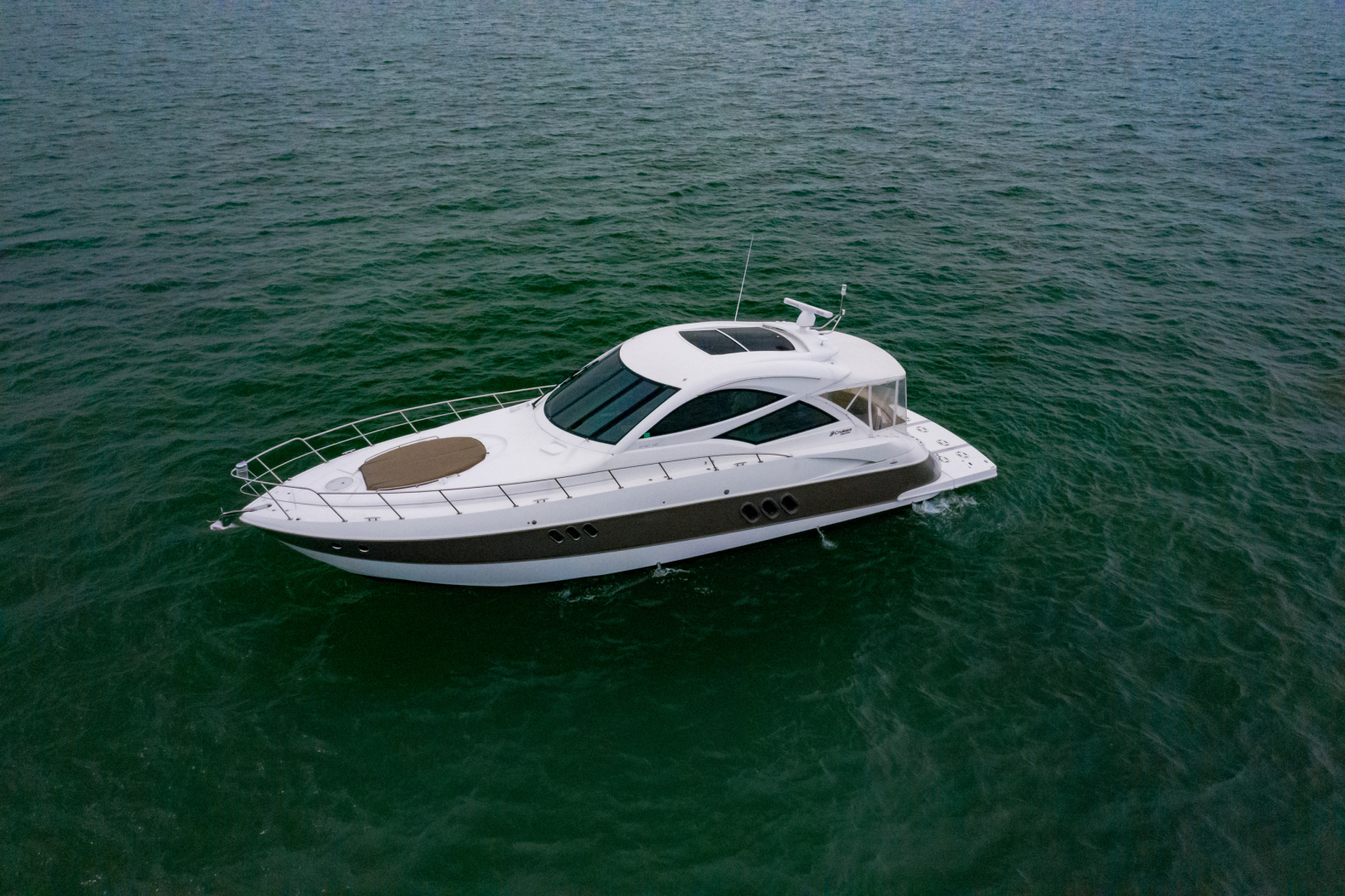 Cruisers-540 Coupe 2014-Galati Yacht Sales Trade Destin-Florida-United States-2014 Cruisers 540 Coupe-1417878 | Thumbnail