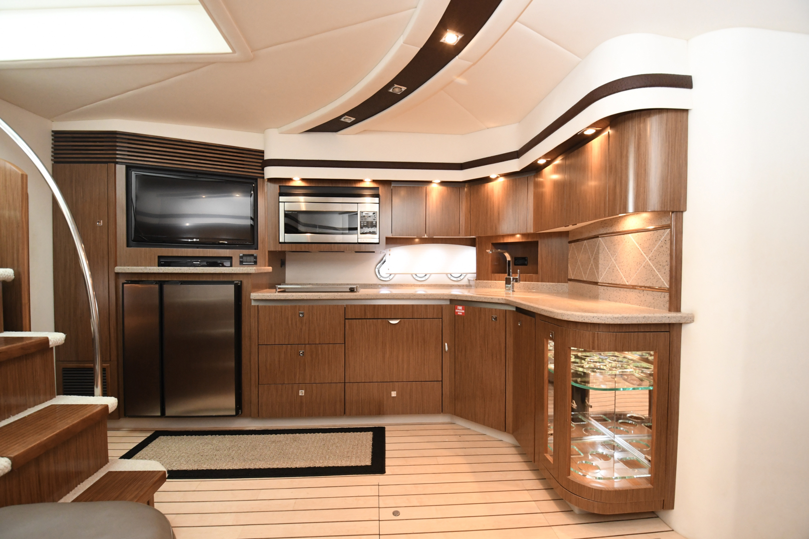 Cruisers-540 Coupe 2014-Galati Yacht Sales Trade Destin-Florida-United States-2014 Cruisers 540 Coupe Galley-1417890 | Thumbnail